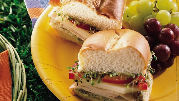 Chicken-Pesto Hoagies