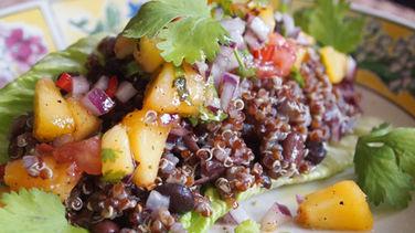 Ensalada Boliviana de Quinoa y Frijoles