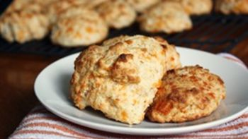 Fluffy Cheese Drop Biscuits