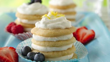 Lemon-Ginger Icebox Cookie Cupcakes
