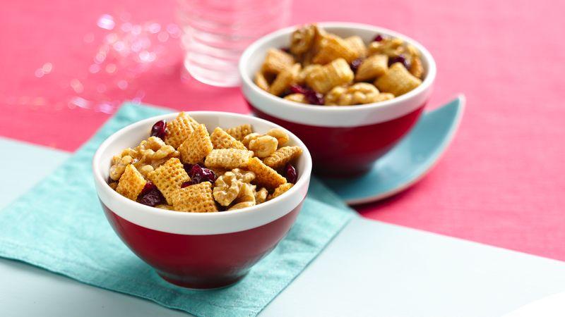 Chex™ Apple Cinnamon Sweet Walnut Snack Mix