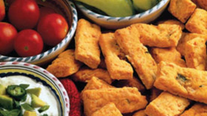 Cheddar-Salsa Biscuit Bites