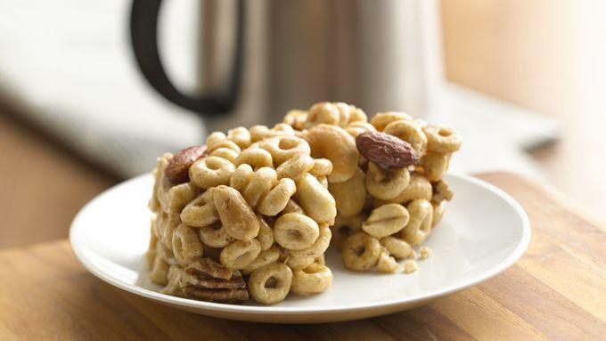 Gluten-Free No-Bake Honey-Nut Cereal Bars