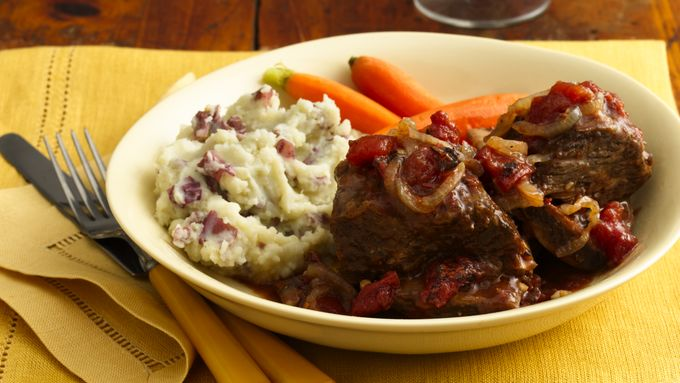 Beef Short Ribs with Tomato-Wine Sauce