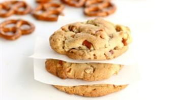 Peanut Butter and Butterscotch Crunchies