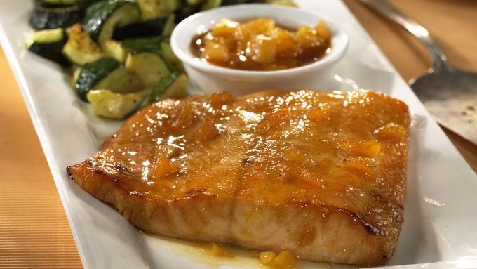Skinny Spicy Apricot-Glazed Salmon