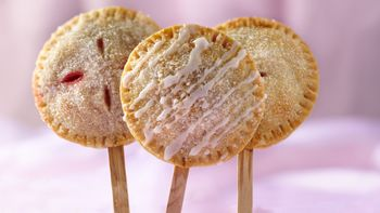 Strawberry-Rhubarb Pie Pops