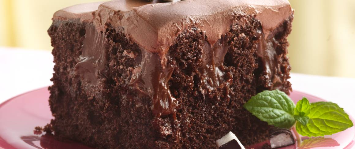 Betty Crocker Chocolate Peppermint Poke Cake Recipe