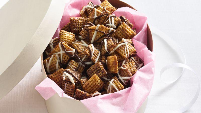 Gluten-Free Chocolate Chex® Caramel Crunch