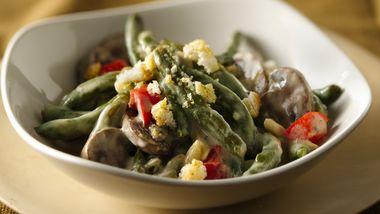 Slow-Cooker Company Green Bean Casserole