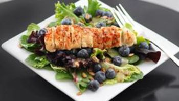 Chipotle Chicken Leafy Salad