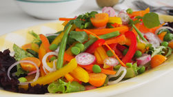 Summertime Veggie Salad with Curry
