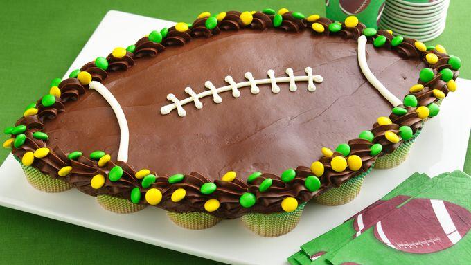 Football Cupcake Pull-Aparts