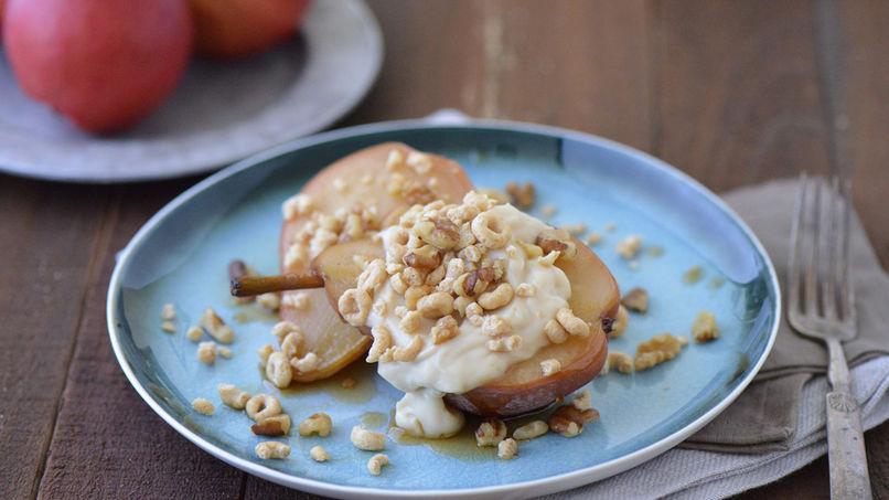 Peras al Horno con Natilla y Crujiente de Cheerios™