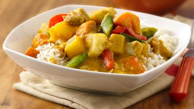 Slow-Cooker Chicken-Coconut-Pineapple Curry
