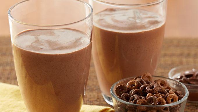 Chocolate Hazelnut Breakfast Smoothies