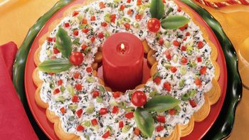 Spinach Dip Crescent Wreath