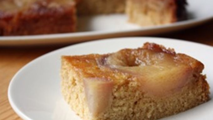 Slow-Cooker Pear-Vanilla Cake