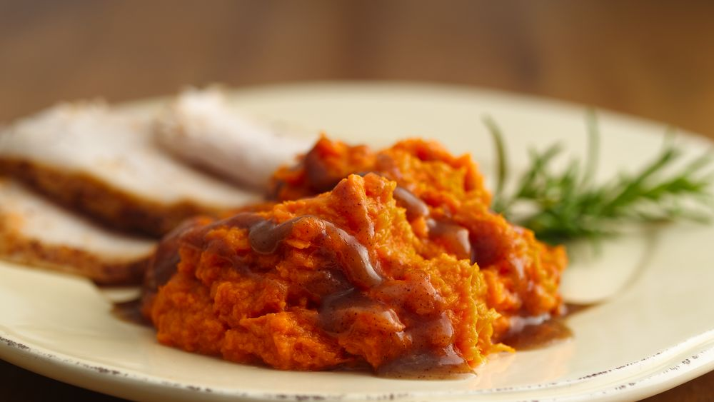 Mashed Sweet Potatoes with Cinnamon-Brown Sugar Sauce