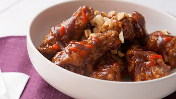 Spicy Peanut Butter and Jelly Chicken Wings