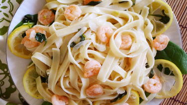 Florentine Pasta in White Wine Sauce