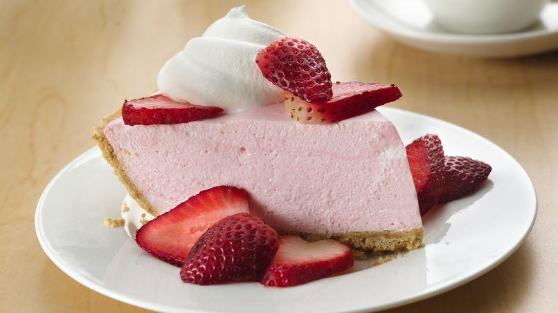 Creamy No-Bake Strawberry Pie