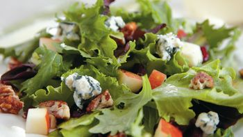 Apple-Pecan Salad