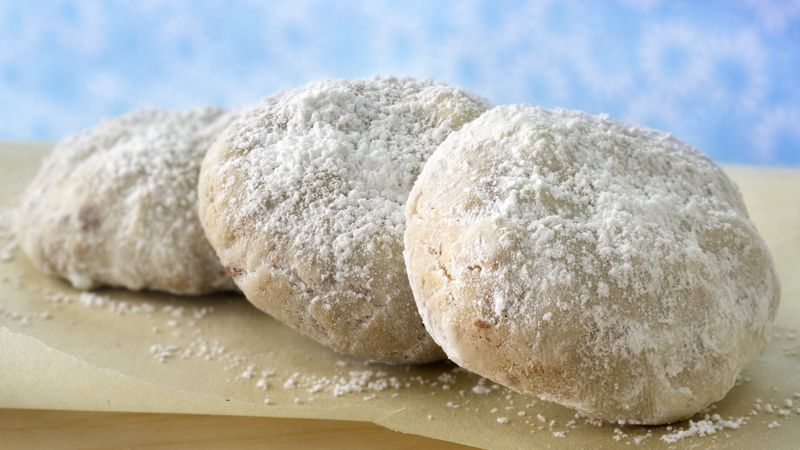Chai-Spiced Almond Celebration Cookies