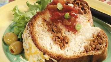 Cheesy Biscuit Burger Ring