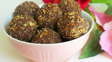 Chocolate Truffles with Pecans