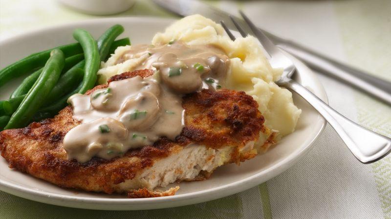 Chicken Breasts with Creamy Mushroom Gravy
