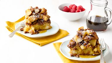 Slow-Cooker Caramel Apple French Toast