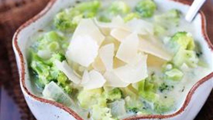 Creamy Broccoli Parmesan Soup