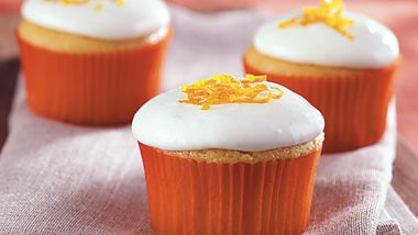 Frosted Belgian White Cupcakes