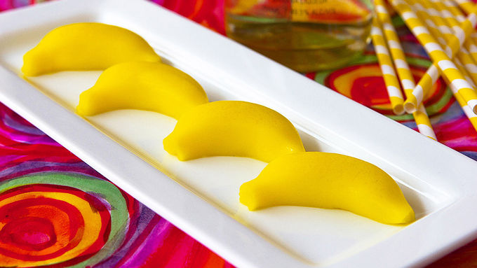 Banana Cream Jello Shots