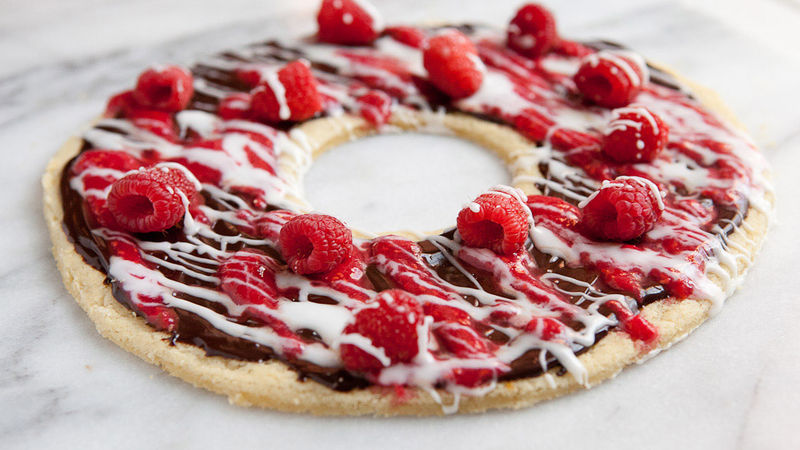 Raspberry and Chocolate Cookie Wreath
