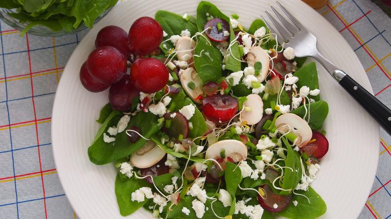Summer Spinach, Grape and Feta-Cheese Salad