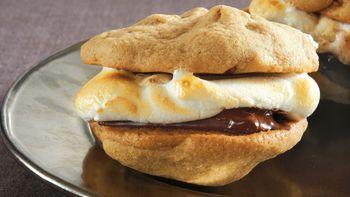 Cinnamon-Pecan Cookie S'mores