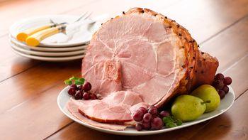 Honey-Glazed Baked Ham (Crowd Size)