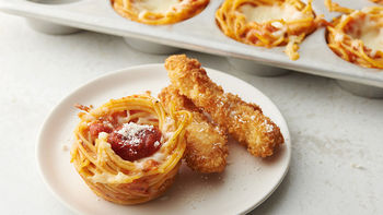 Chicken Parmesan and Pasta Muffin Cups