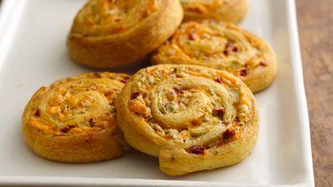 Cheesy Olive-Bacon Crescent Spirals