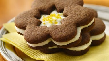 Gingersnap Sandwich Cookies with Lemon Buttercream Frosting
