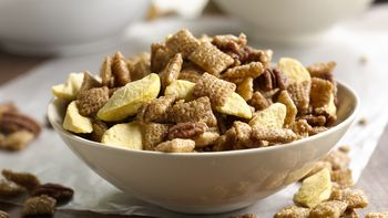 Peach Cobbler Chex® Party Mix