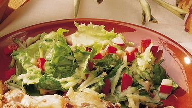 Tossed Salad with Apple Cider Dressing