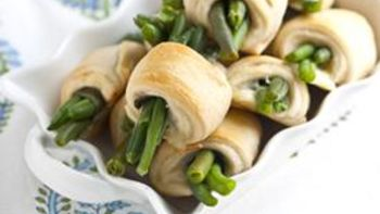 Cheesy Crescent Wrapped Green Beans