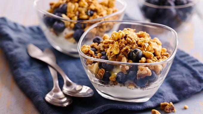 Blueberry-Chia Yogurt Bowls