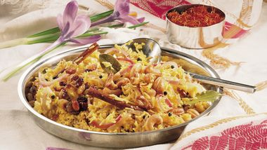 Jeweled Moroccan Pilaf with Pistachio Nuts recipe from Betty Crocker