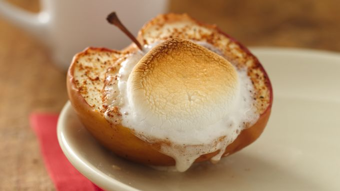 Baked Apples with Cinnamon Roll Yogurt