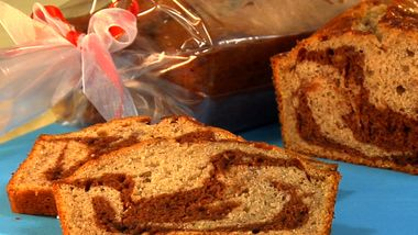 Chocolate-Hazelnut Swirled Banana Bread