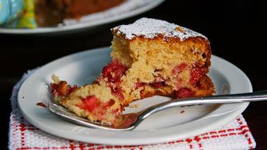 Honey-Raspberry Tea Cake